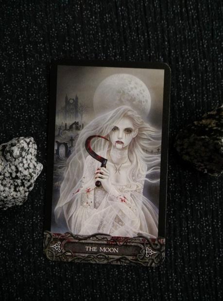 2017-10-(16-22) - Tarot of the Vampyres (1)