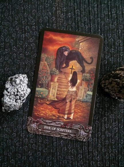 2017-10-(16-22) - Tarot of the Vampyres (2)